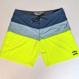 Billabong Platinum X Board Shorts | Size 36